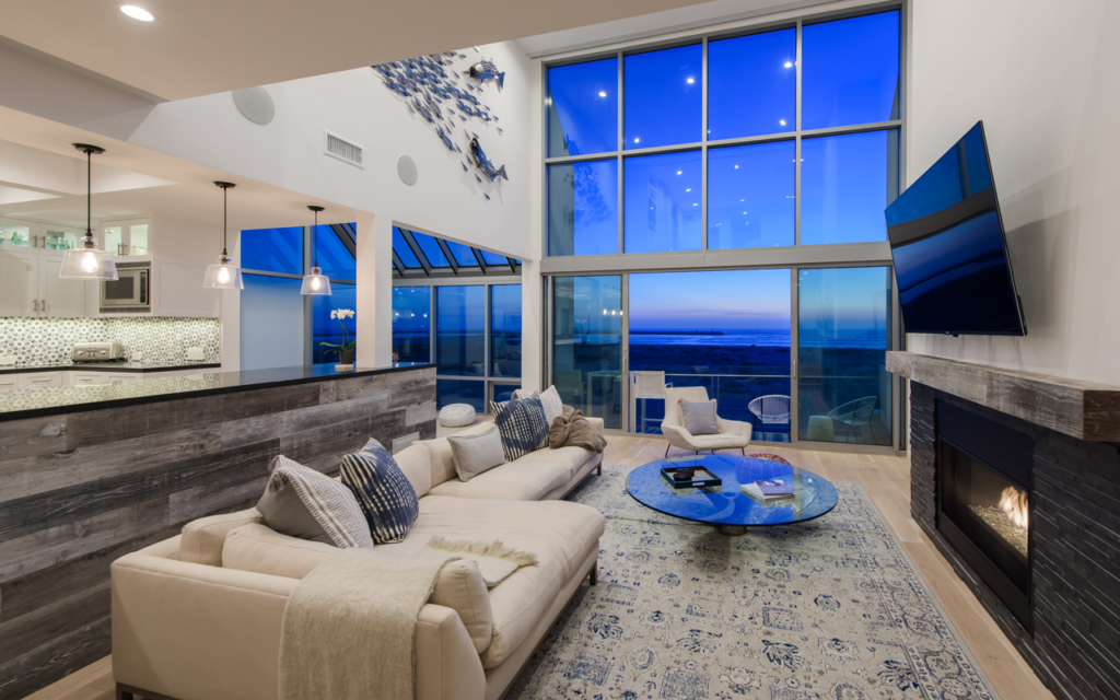 Renovated beach condo with fabulous ocean views