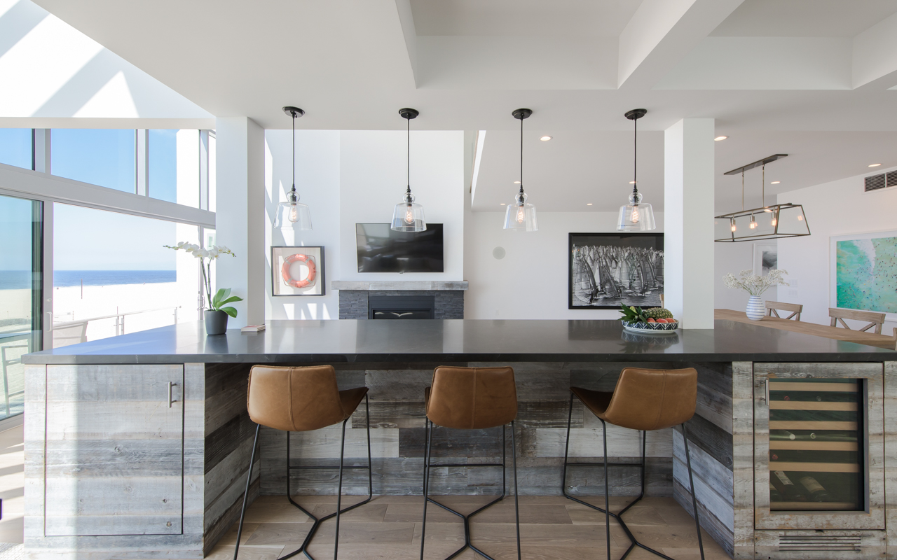 Rustic Elements Bring Character to Renovated Beach House - Kurt ...